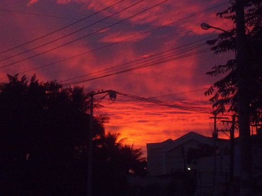 Aurora - O bom de não ter dormido foi contemplar o nascer do Sol Tapete de Sal - Corpus Christi 2013